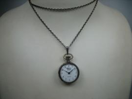 Moritz zak-hang horloge incl. collier uit 1962