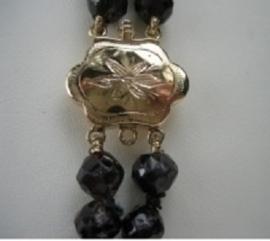 Antiek Granaat collier met gouden 14krt. slot