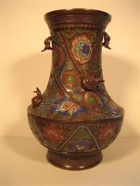 Antieke Japanse Cloisonné vaas met Emaille bewerkt ca.1900
