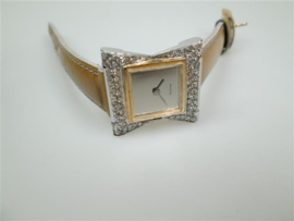 Zwitsers 14 krt. Vlinderstrik horloge met 46 briljanten ca.1963
