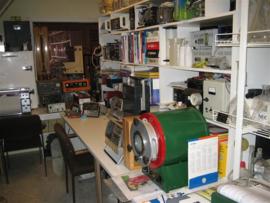 Ateliers voor goud en zilver en horloges-klokken klein gedeelte uit onze ateliers