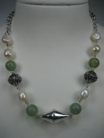 Antiek Jade collier met Parels en zilver