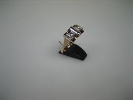 Art-Deco Gouden 14 krt. Ring met 2 Diamanten ca. 1927