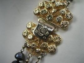 Antiek Barok Parel collier met 14krt. goud antiek klapslot ca.1890