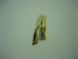 Gouden hanger 14krt. met 3 Zirkonia