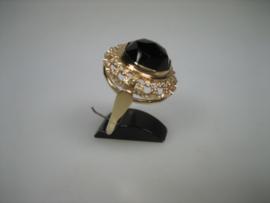 Gouden 14 krt. damesring met grote granaat top kwaliteit