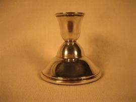 Zilveren oude kandelaartje mooi klein model