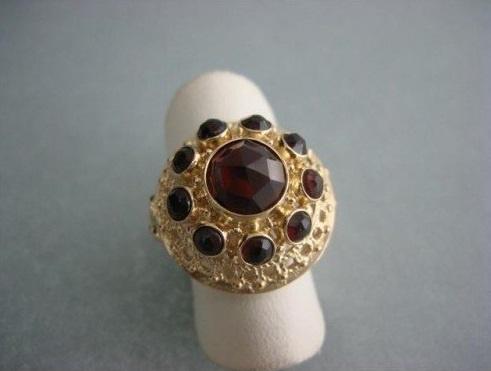 Gouden 14 krt. Granaat Ring