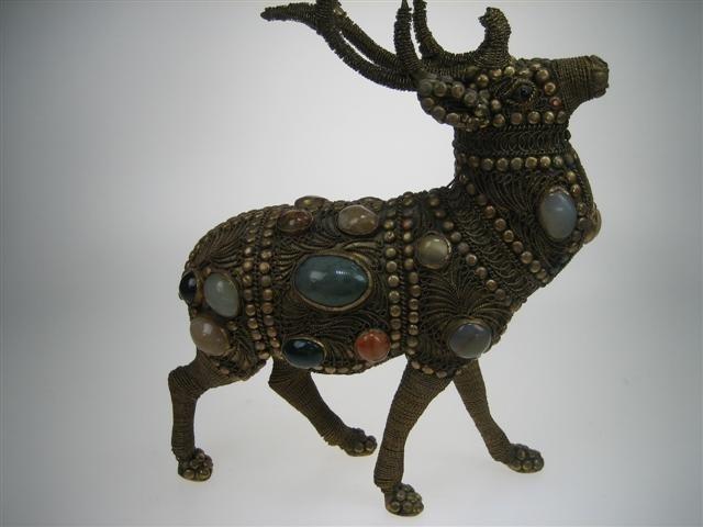 Kerst-Rendier uit Noord Scandinavië met echte Agaath-stenen c.a.1922