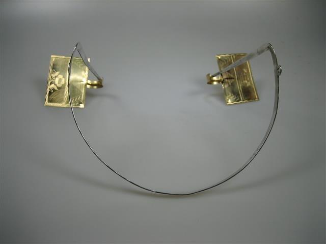 Antieke Oorijzer met Gouden Stikken Zuid-Beveland Schotman 1825-1907