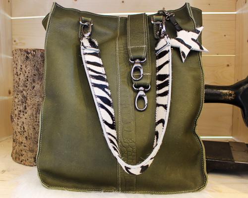 Shopaholic L groen - Zebra