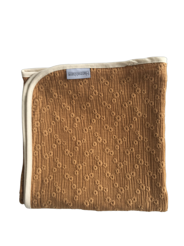 Swaddle Broderie Camel 120x120 cm