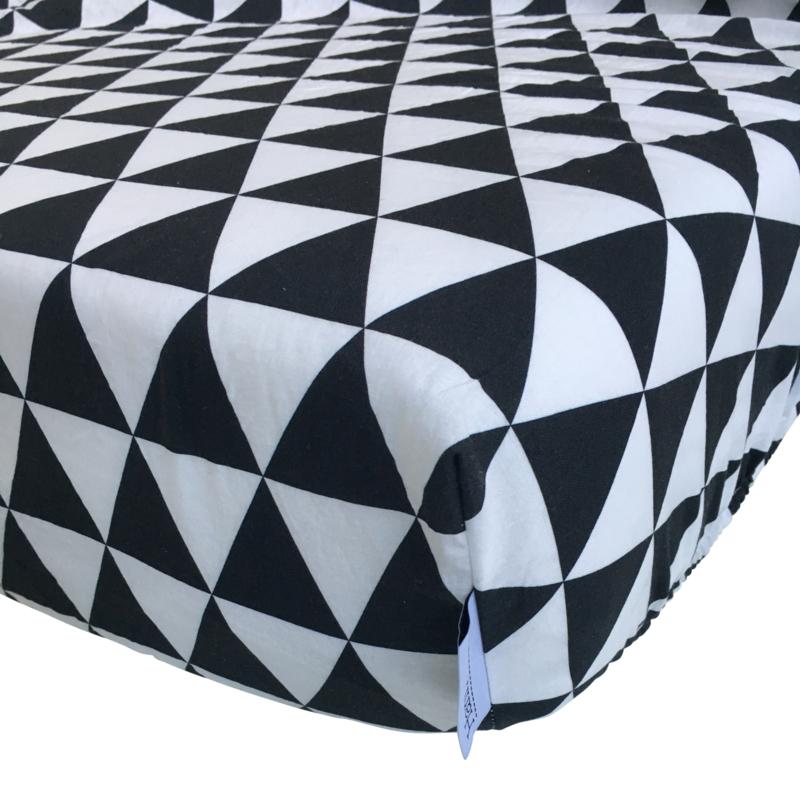 Peuterbed hoeslaken  Geometric 150/160 x70 cm