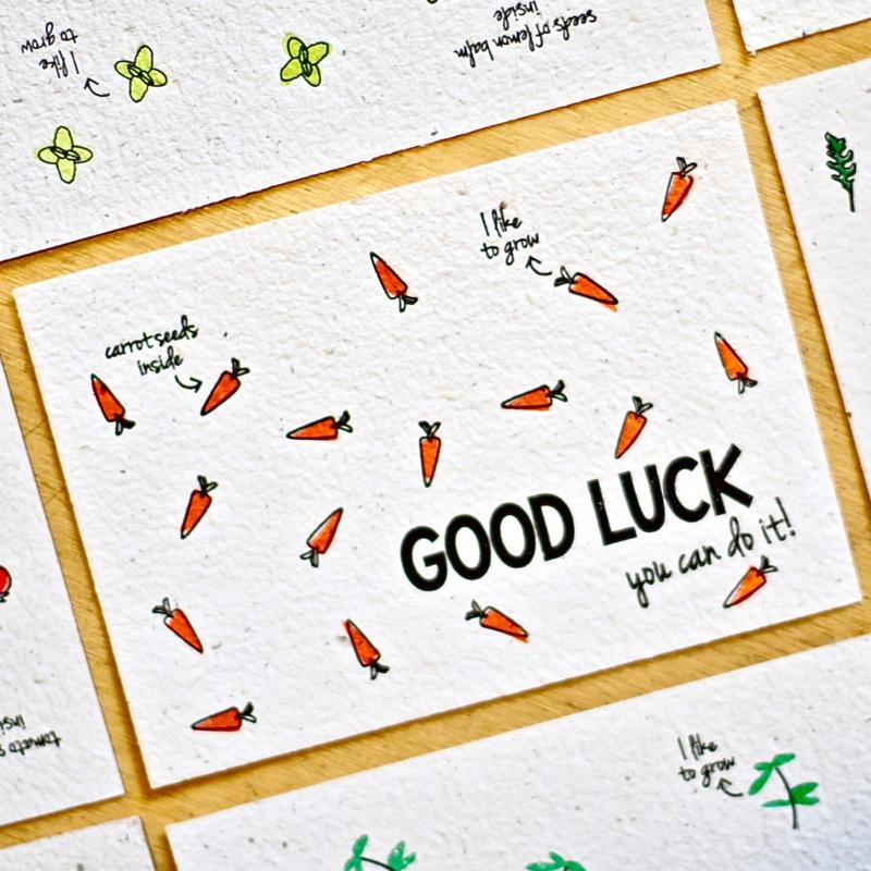 Bloeikaart met wortel zaadjes van BLOOM your message