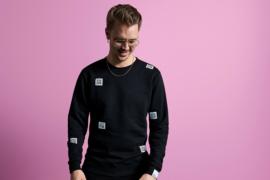 Bleeps, Beats & Bass Limited Edition QR Sweater -zwart