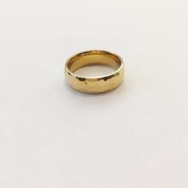 Ring gehamerd goud of zilver