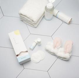 White Snow Flake Set (of 4) - All Skin