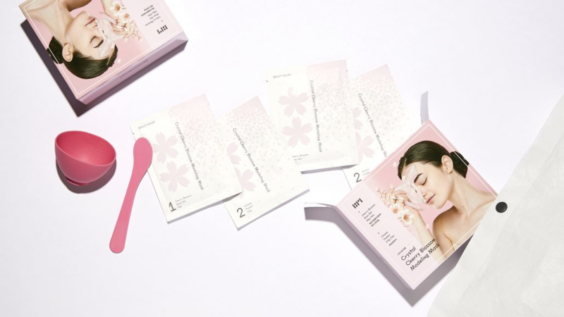 Crystal Cherry Blossom Modeling Mask Special Set