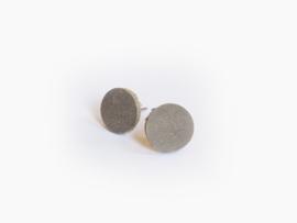Leren ronde oorbellen Warmgrijs