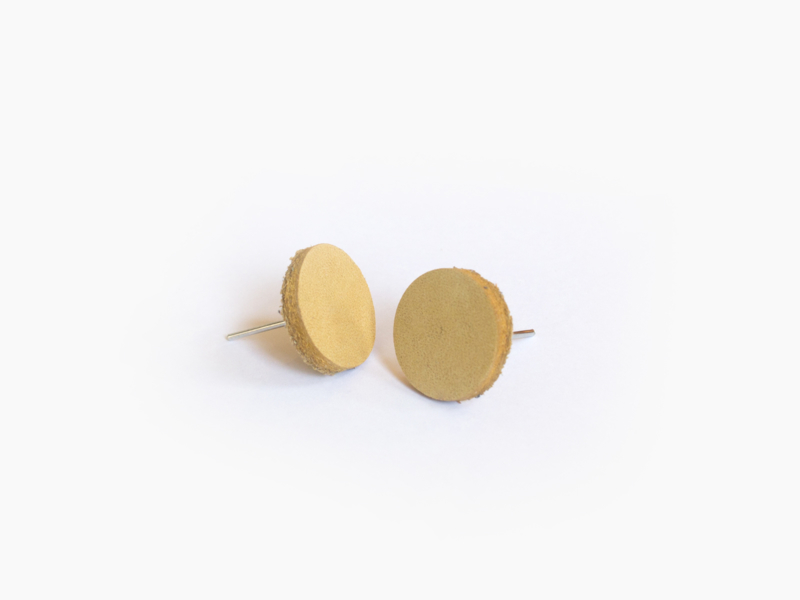 Leren ronde oorbellen Geel