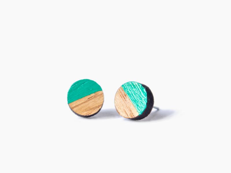 Houten ooorbellen rondje groen