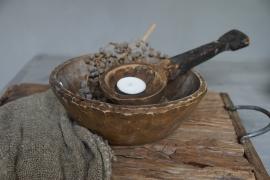 Oude houten schalen