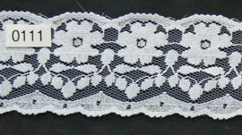 Tule kant wit met bloem  5 cm breed.