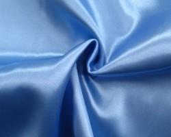 Satijn licht blauw 150 cm. breed (prijs per 50 cm.)