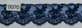 Tule kant donker blauw roos  borduursel 4 cm breed. Niet rekbaar.