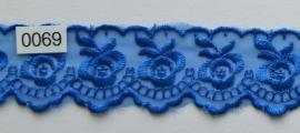 Tule kant marine blauw roos  borduursel 4 cm breed. Niet rekbaar.
