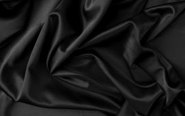Satijn zwart 150 cm. breed (prijs per 50 cm.)