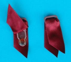 Kousenhouders rood satijn 12 mm (set 4 stuks)