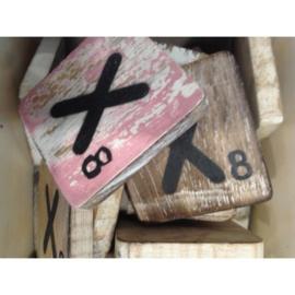 Vintage scrabble letter X 6x6cm