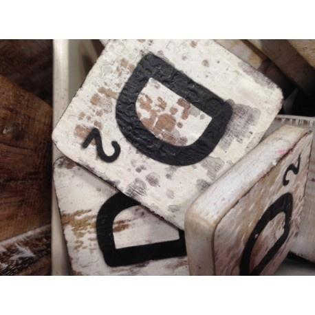 Vintage scrabble letter D 6x6cm
