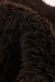 Stoere donkerbruine schapenvacht - 100 CM