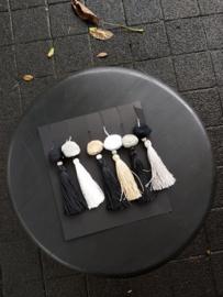 Tassel Teuntje zwart-wit-grijs