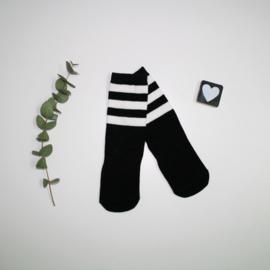 Knie kousen Black and white stripes
