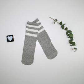 Knie kousen Grey and white stripes