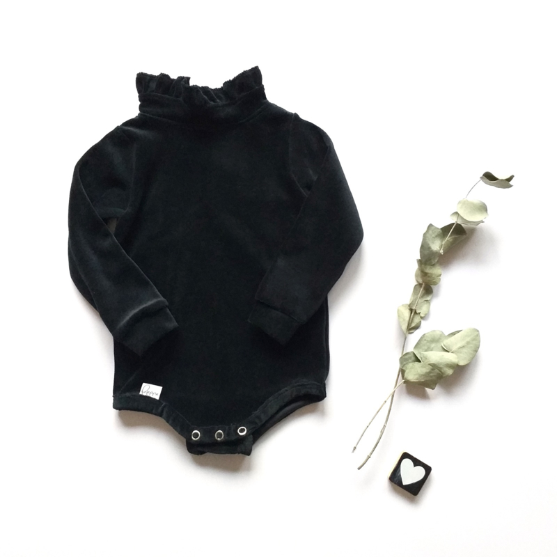 Bodysuit ruffel kraag velvet bottle
