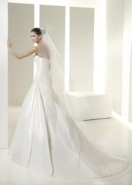 Pronovias White One 6215