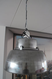 INDUSTRIËLE LAMP BLASHANA GEPOLIJST