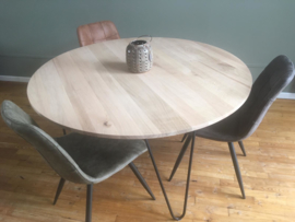 Ronde eiken tafel Olawa (2cm dik blad)