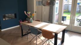 Boomstam tafel Katy 4,5cm dik met U onderstel