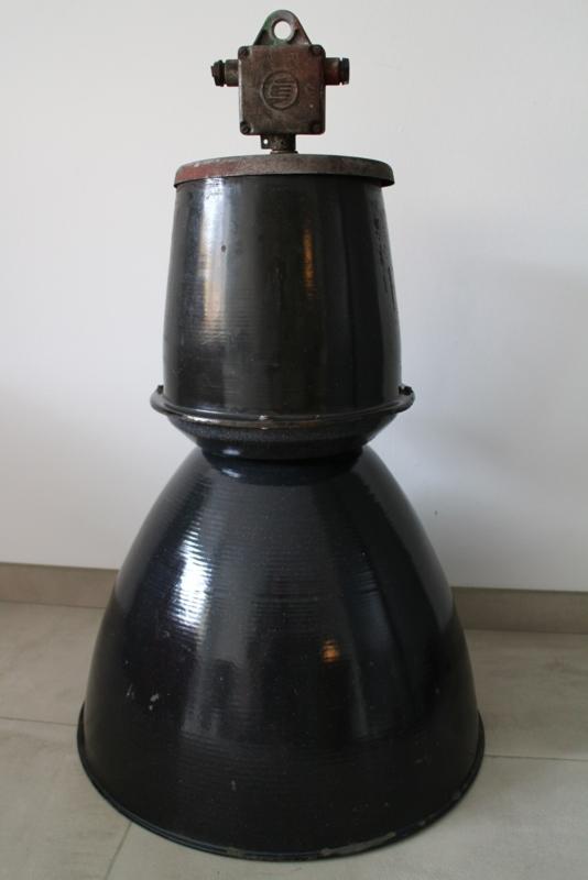 INDUSTRIËLE  LAMP METAL BLACK