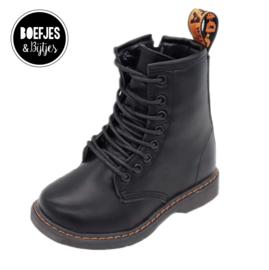 Black Boots - Mat