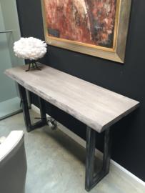Houten side table