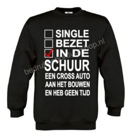 Single, Bezet, in de schuur..