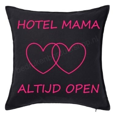 Hotel Mama, altijd open.