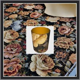 nr. 411 Damast bloem, geplakt op goud pvc