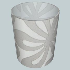nr. 509 Marosa bloem grijs op wit geplakt op glashelder pvc.